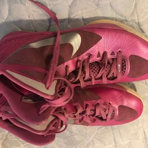 Nike Shoes - Nike Hyperdunk Basketball Shoes